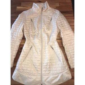 Laundry by Shelli Segal puffer jacket